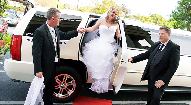 Occasions When You Can Hire An Oakville Limo